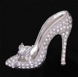 high heeled shoe brooch pin w swarovski crystals